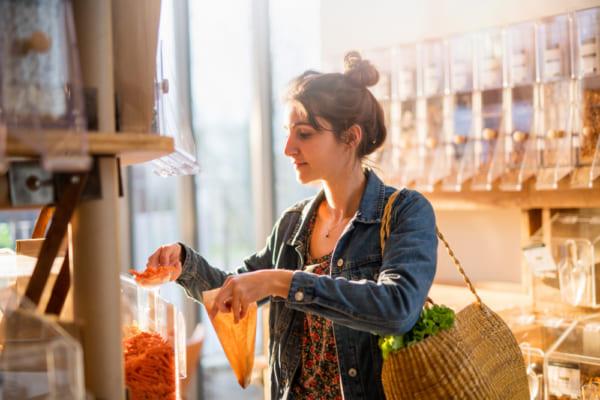 包装しない食料品を値下げする店にインセンティブを与えるイタリアの法案