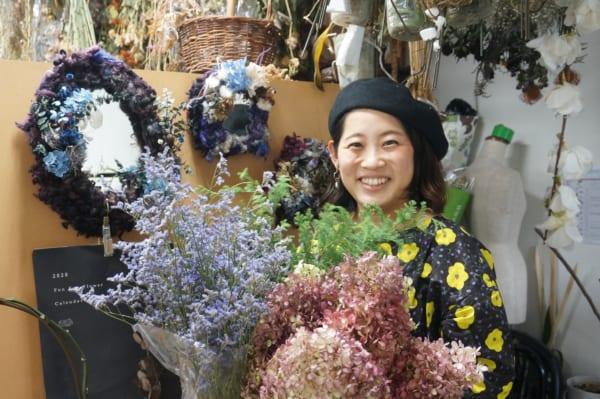 廃棄予定の花に新たな価値を与えるフラワーサイクリスト河島春佳