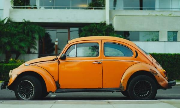 ガソリン車・ハイブリッド車の新車販売を禁止するイギリスの政策
