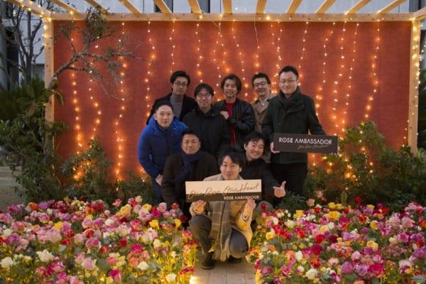 花を贈り思いを伝える文化を広める男性コミュニティ「ローズアンバサダー」