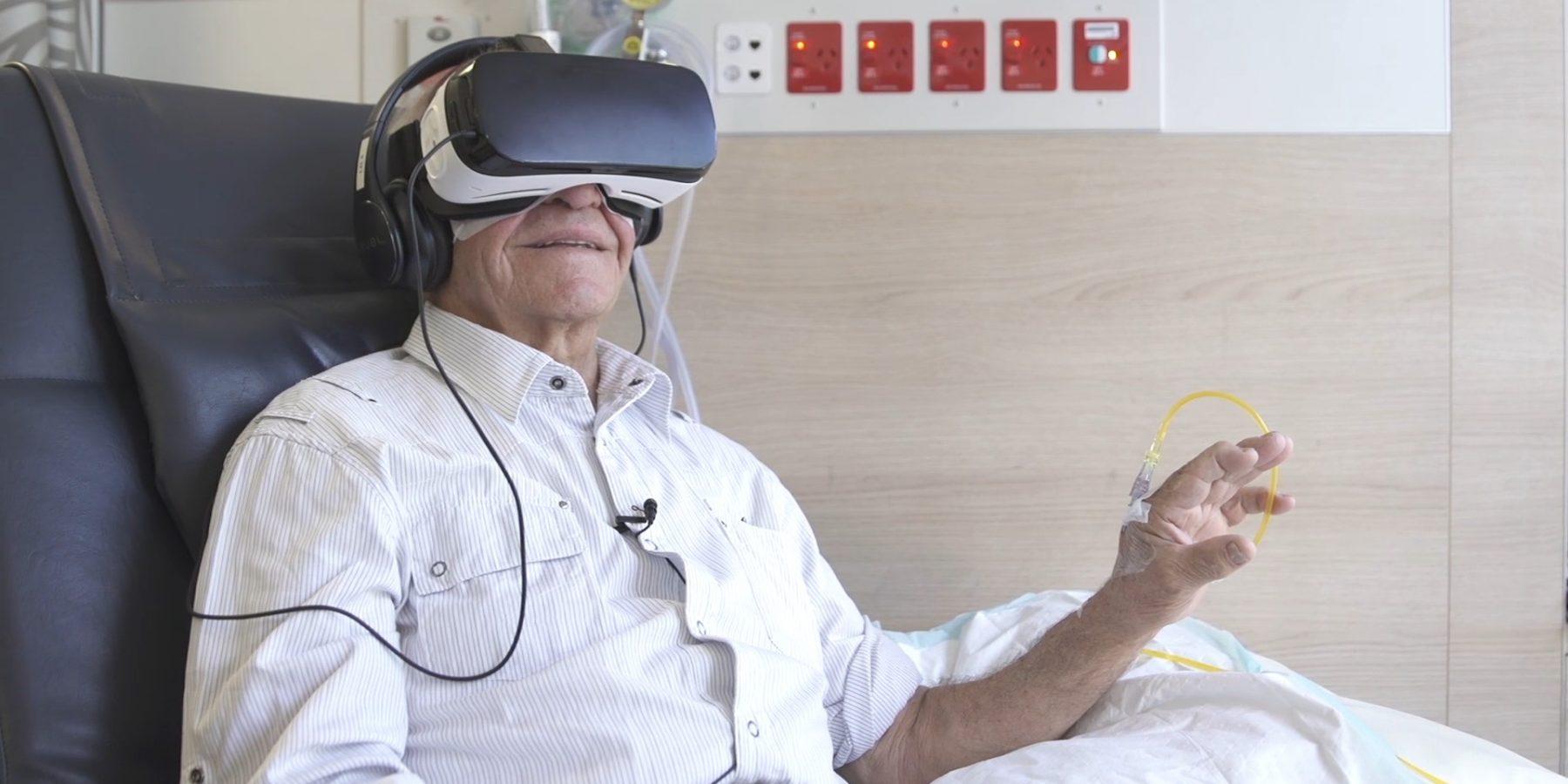 治療のストレスを軽減。ベッドの上から旅先へ患者をいざなうVR