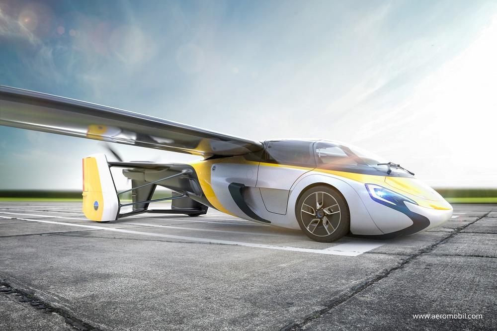 空飛ぶ自動車「エアロモービル」