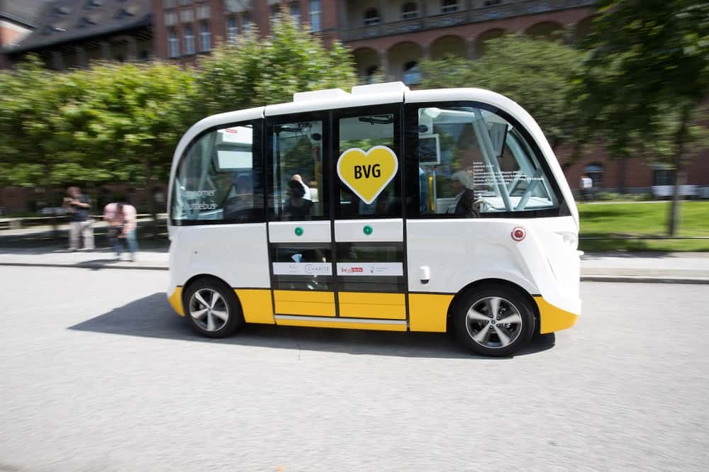 ベルリンでテスト走行開始。大学キャンパスを走る無人電気バス
