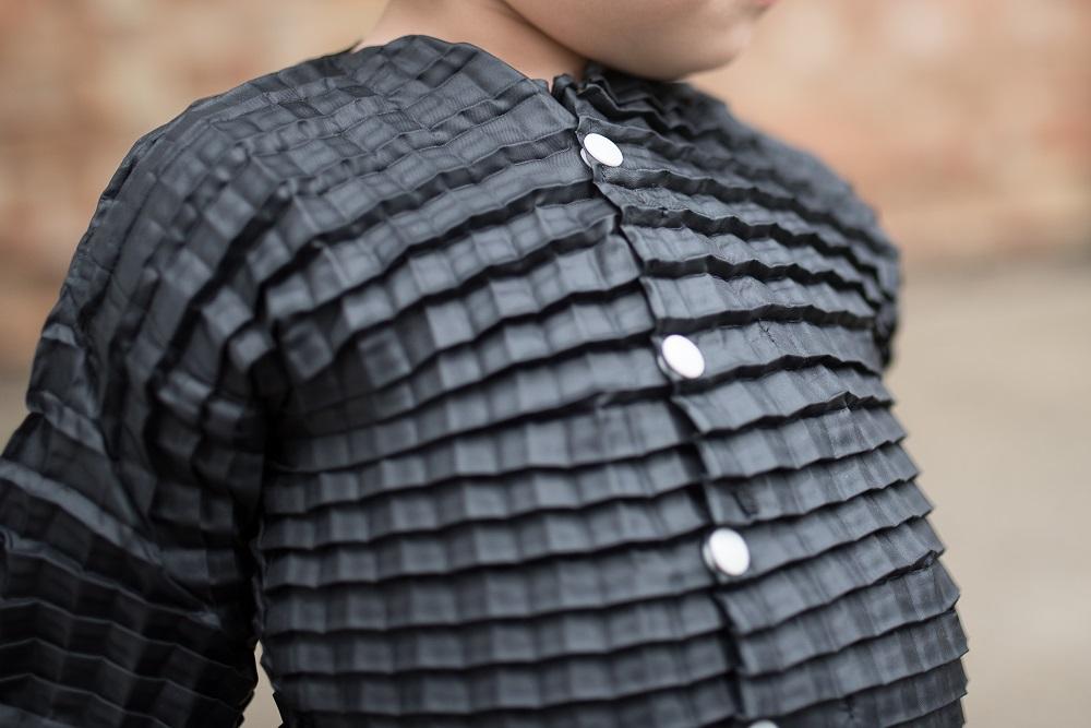 サイズが自由自在な子供服