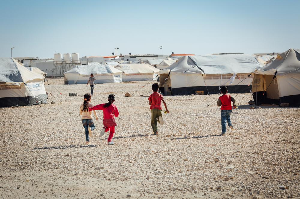 難民キャンプ8万人に向けた世界最大の太陽光発電が稼働