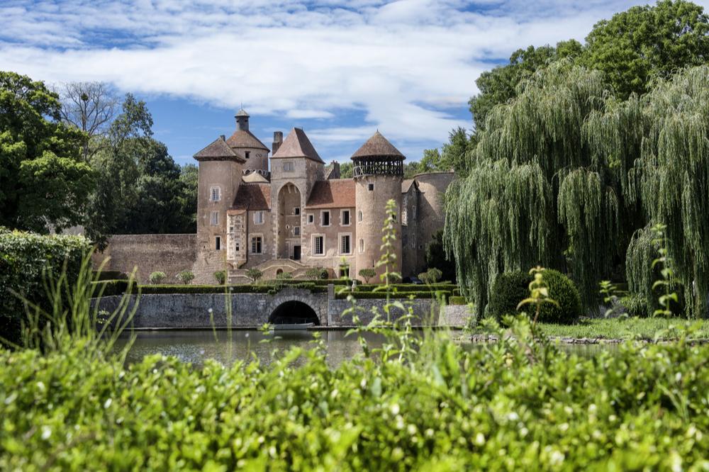 古城を共同購入できる文化遺産保存専門クラウドファンディング