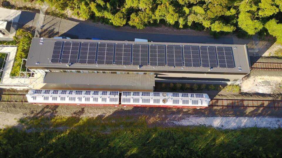 太陽電池電車