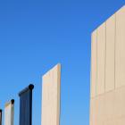 国境に壁のプロトタイプを建てたトランプ大統領は芸術家なのか?