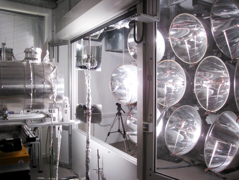 夜でも稼働する太陽炉「CONTISOL」