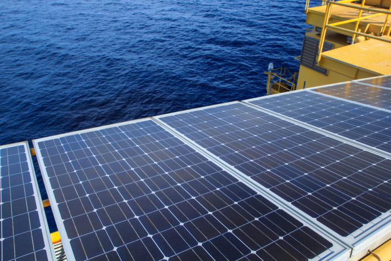 海上の太陽光発電