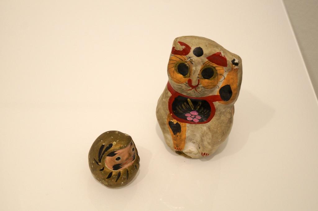 手巻き猫とダルマ