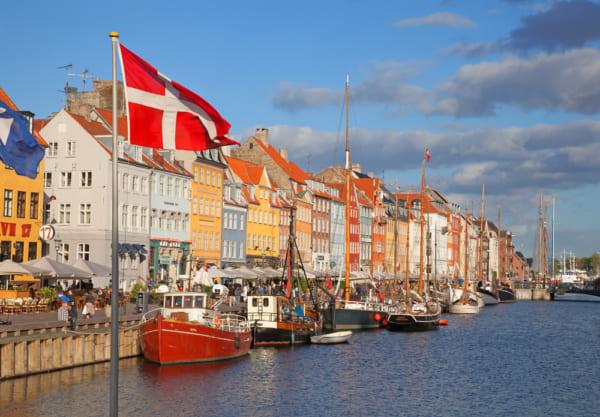 デンマークの首都コペンハーゲンのニューハン