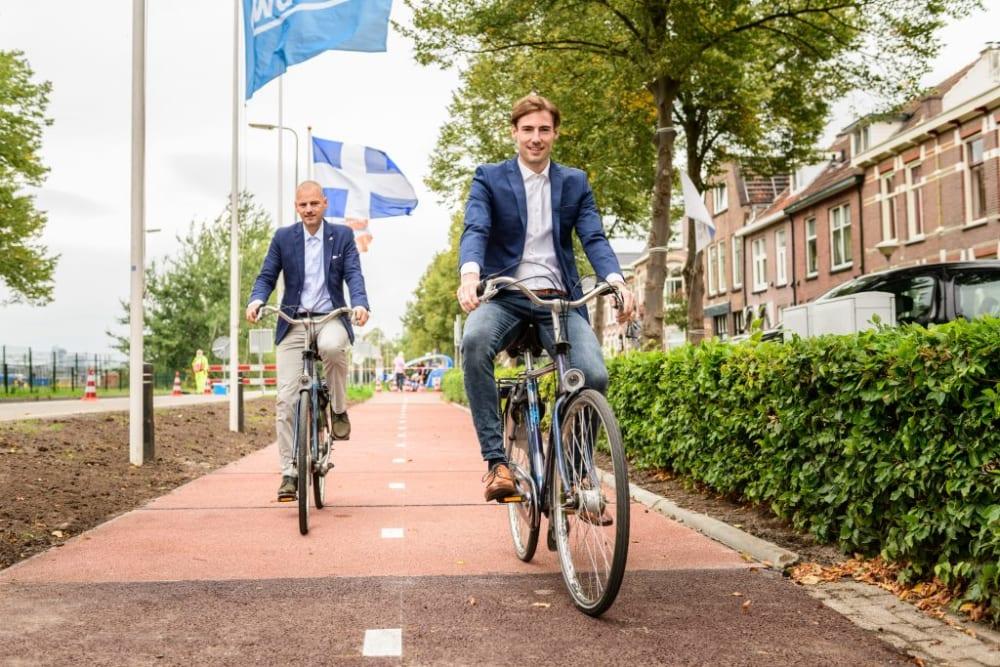 プラスチックゴミでできたオランダの自転車道「Plastic Road」