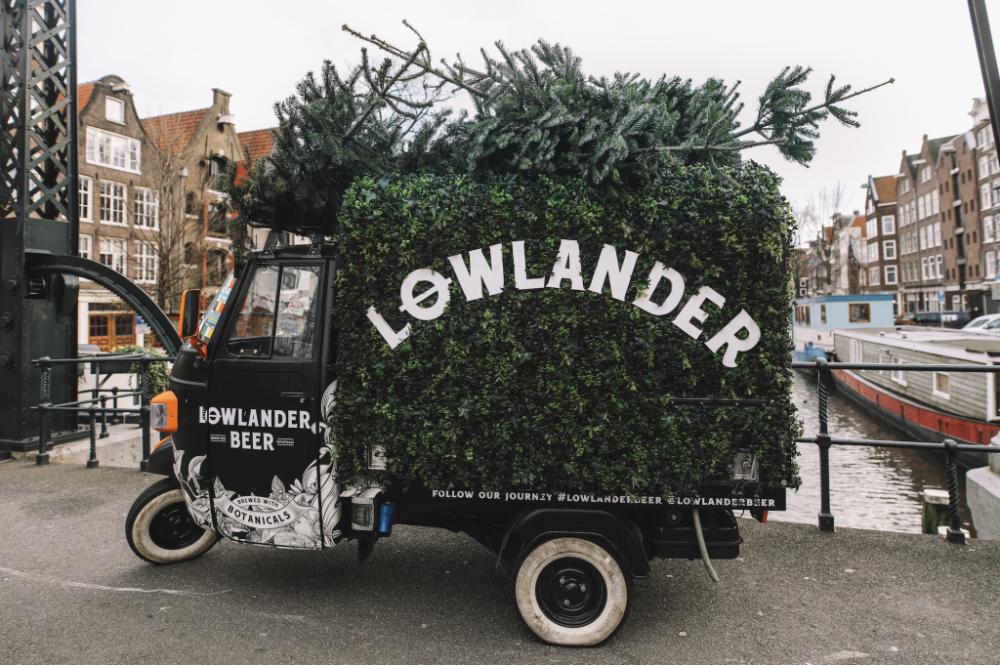 Lowlanderのクリスマスツリーリサイクル