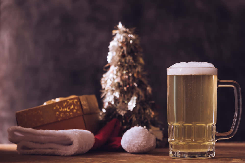 オランダ発、廃棄予定のクリスマスツリーでつくられたビール