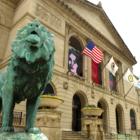 男女平等を考える。シカゴ現代美術館が入場料に賃金格差を反映