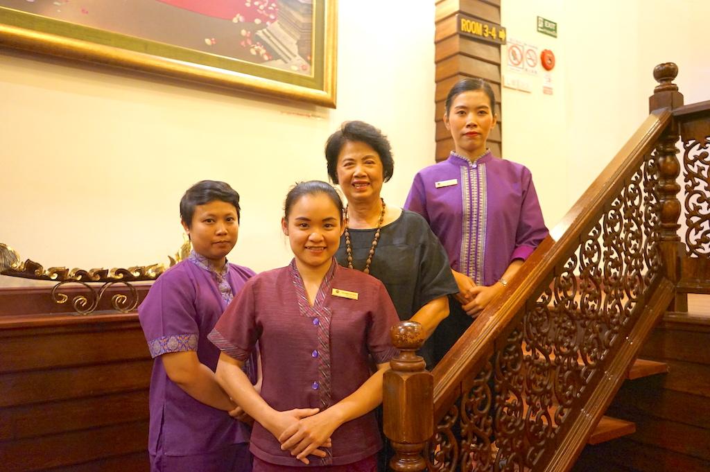 元受刑者の女性たちが働くマッサージ店「Lila Thai Massage」