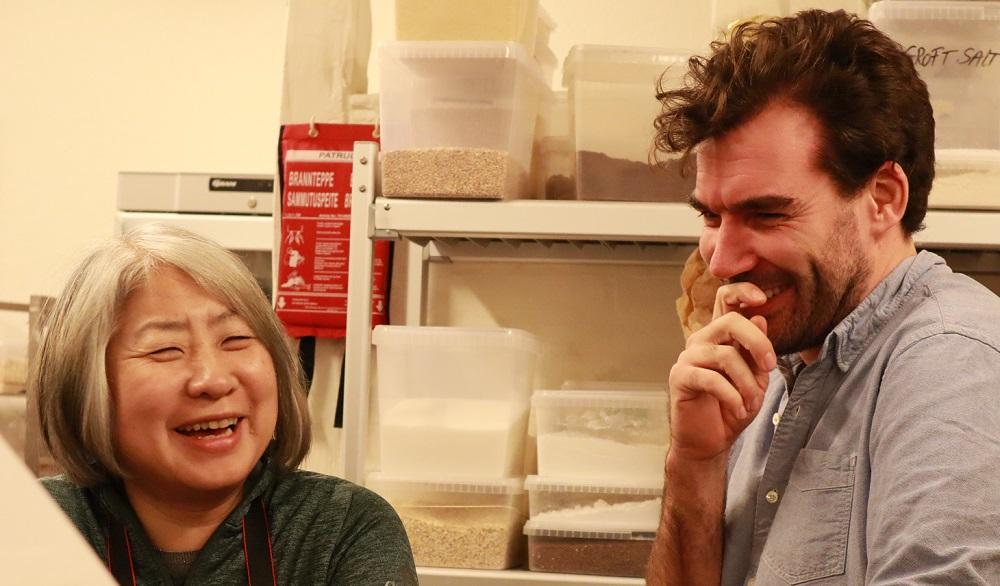 ニールセン北村朋子さんとニコライ・フロストさん