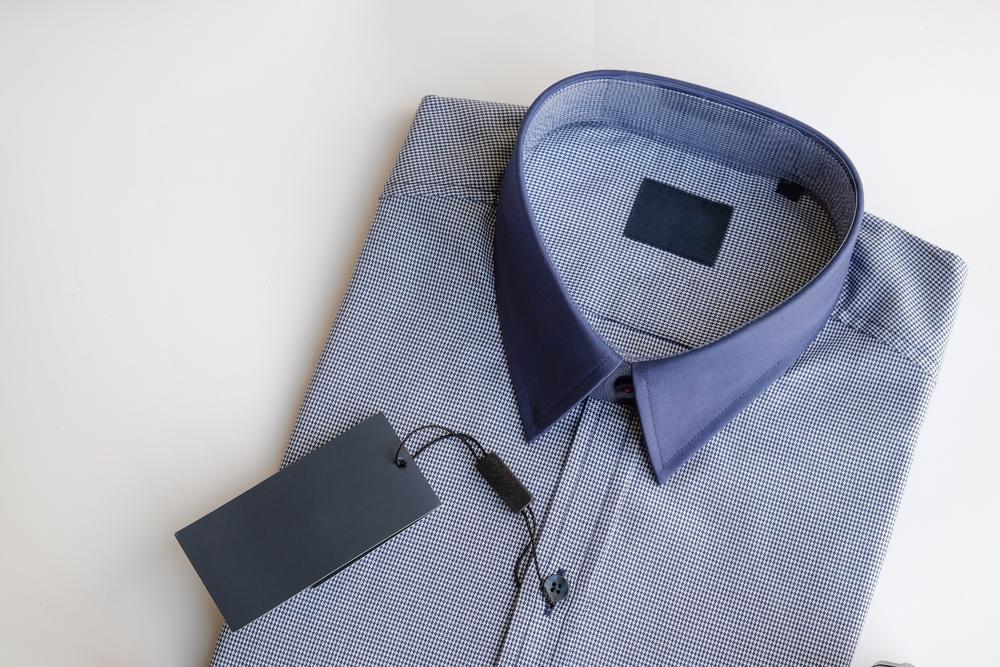 服の商品タグ