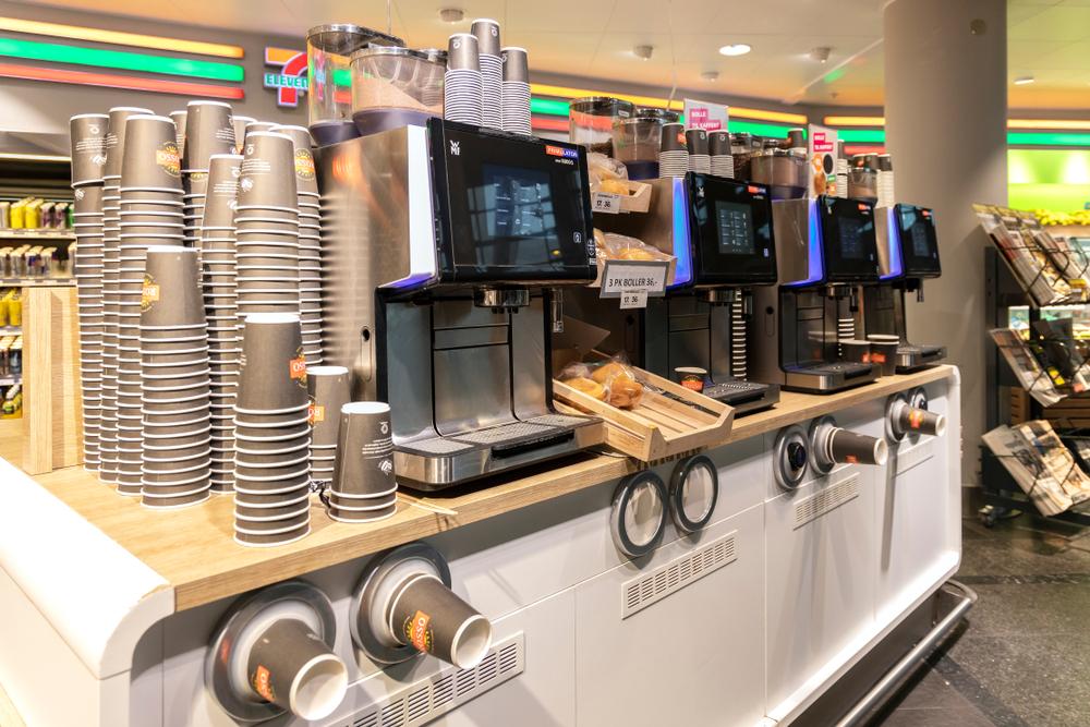 セブンイレブンのコーヒーマシーン