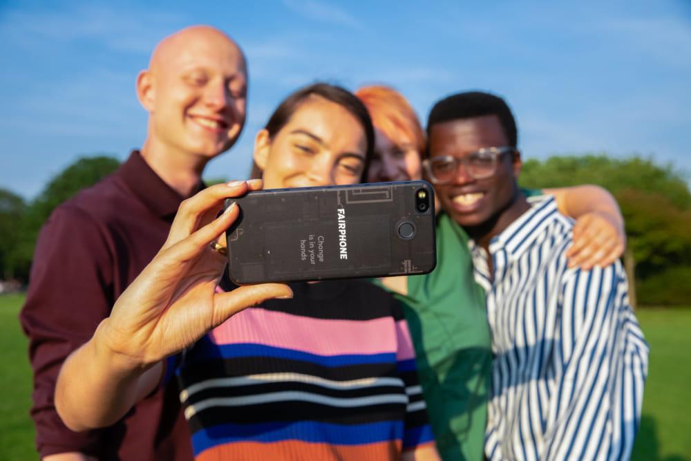 サーキュラーエコノミーを実現する、環境に優しいエシカルスマホ「Fairphone3」