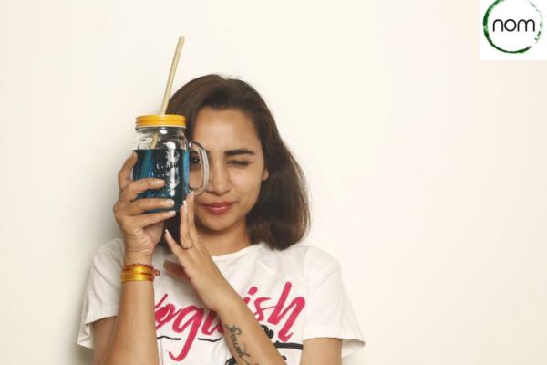 インド発、プラスチックに代わる「食べられるストロー」