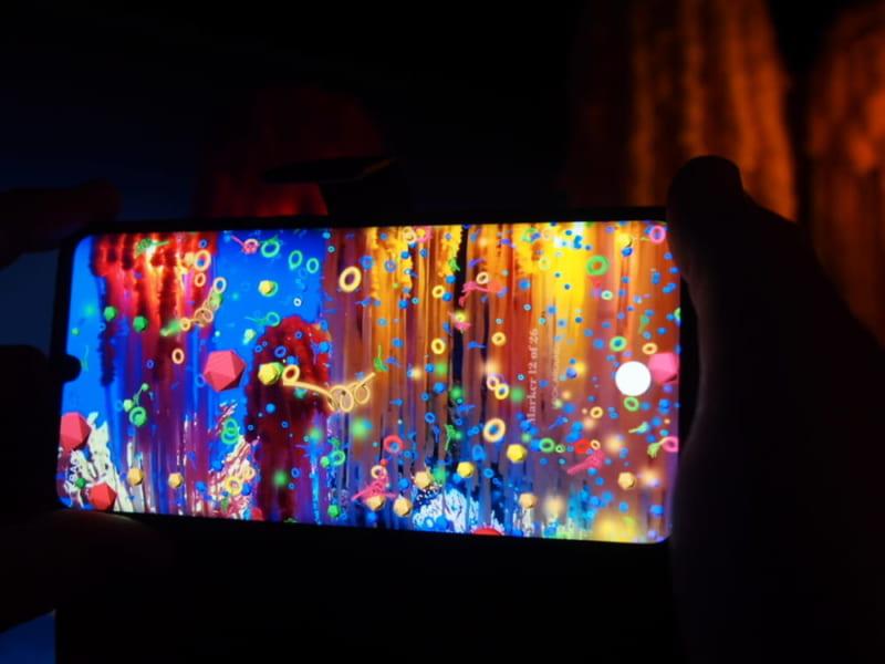 Arcadia Earthの展示:ARで浮かび上がるマイクロプラスチック