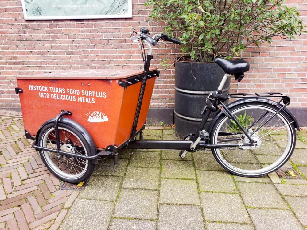 フードレスキューに使われる電動自転車
