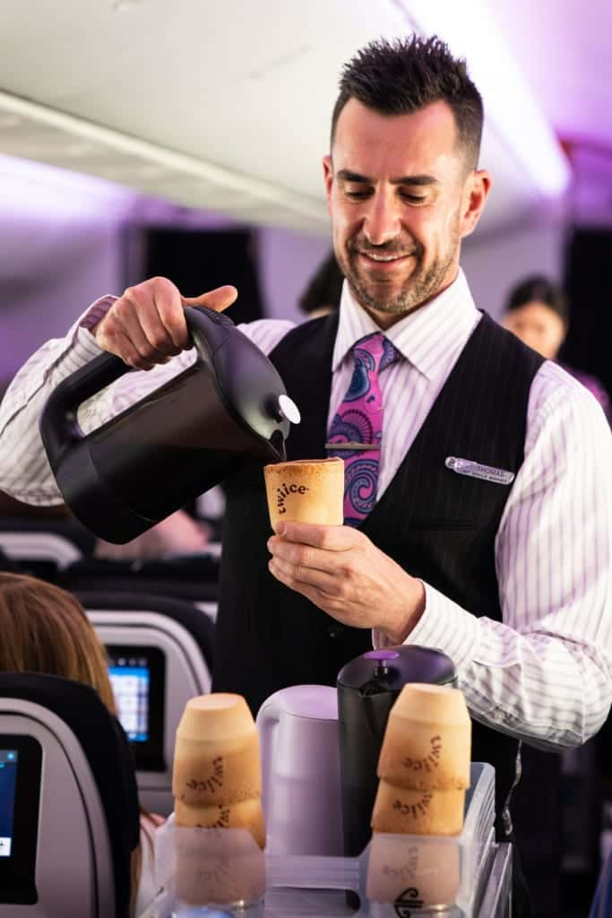 air-new-zealand-coffee-cup