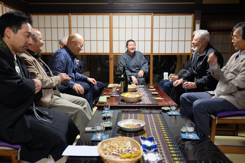 お寺での作戦会議