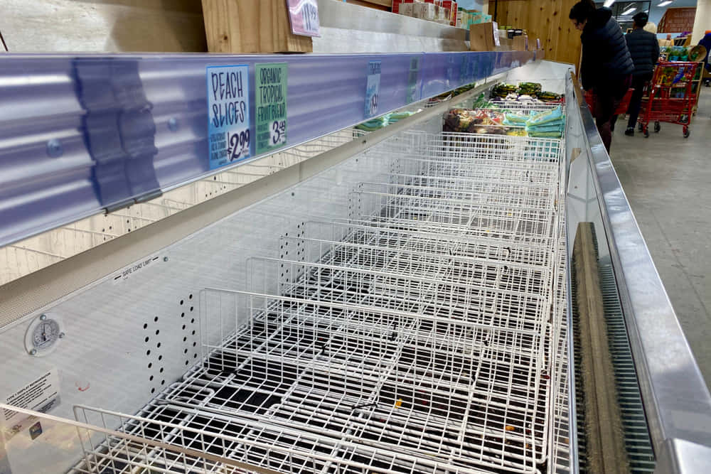 empty-shelves-in-the-store