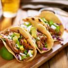 衣類の寄付と引き換えにタコスを提供。Taco Bellの物々交換キャンペーン「Layers for Layers」