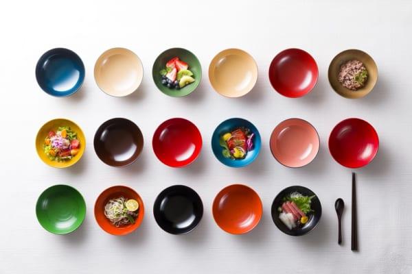 漆塗りの食器
