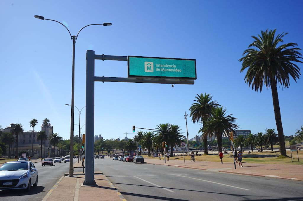 電子標識と道路