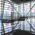 NASAの技術で太陽光を輝くネオンに。台湾国際会議センターに設置された光の芸術作品