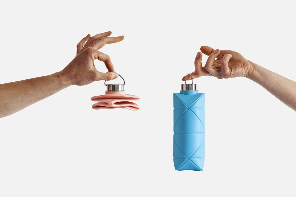 軽くて丈夫で何度も使える。折り畳める水筒「Origami Bottle」