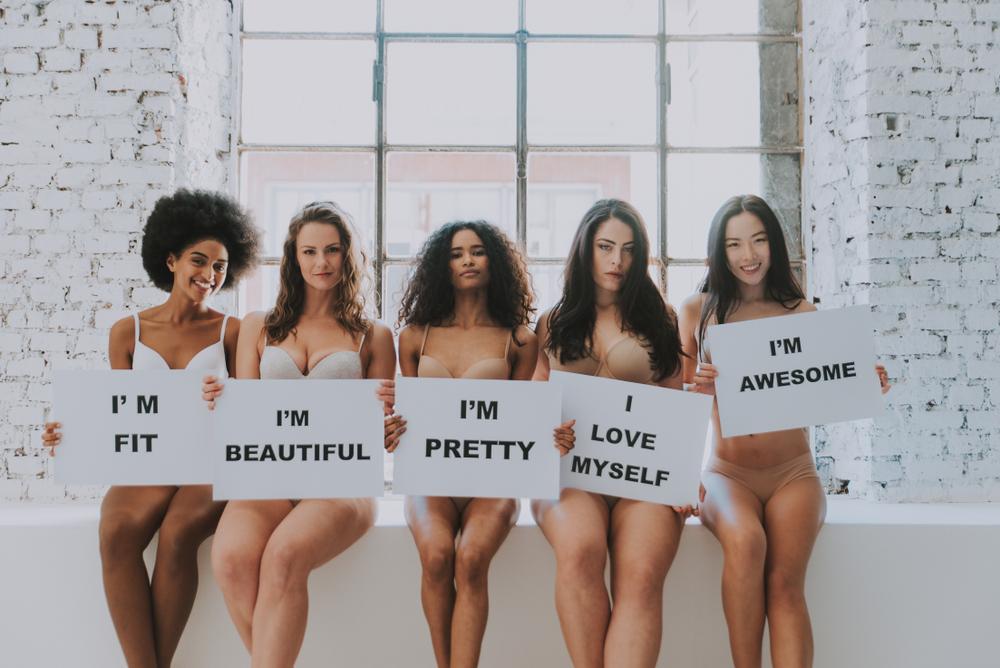 さまざまな体形の女性たち