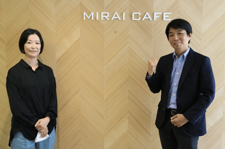 小田急電鉄株式会社 経営企画部 米山 麗 さん(左)と正木 弾 さん(右)