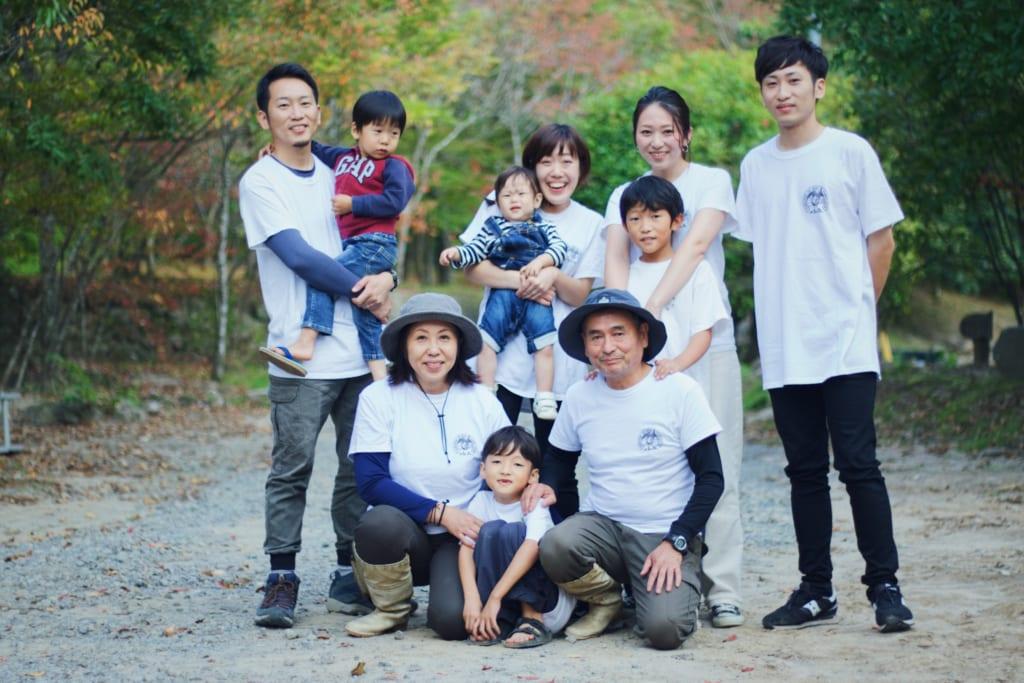 キャンプ場を経営するご家族