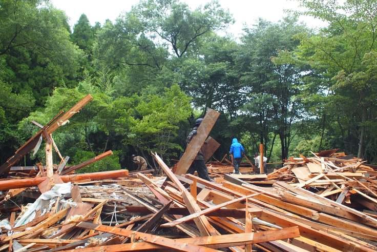 温泉棟の取り壊し作業