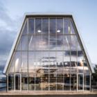 サーキュラー建築で廃棄物を最小限に。デンマークの「分解可能な」複合施設