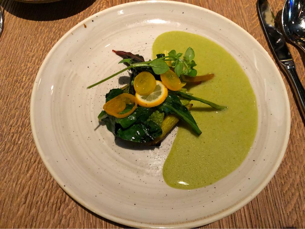 季節の野菜をふんだんに使った料理(写真は筆者撮影)