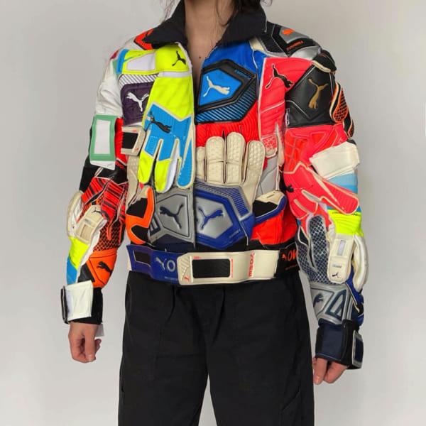 PUMAのサッカーグローブでできたジャケット