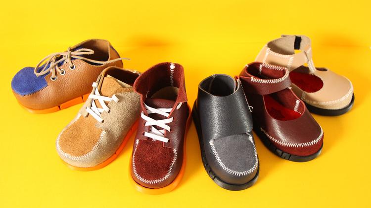 「新しく買う方がお得」を超える挑戦。英・Shoey Shoeの循環する子ども靴