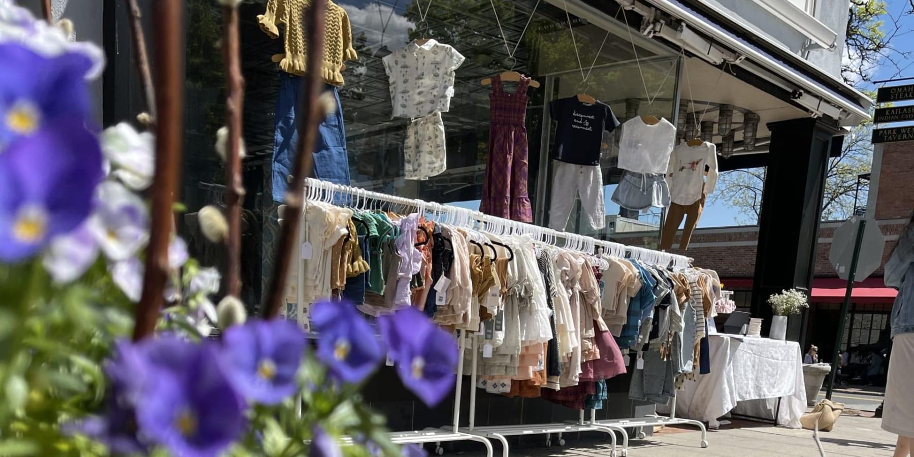 環境負荷にも生産者にも配慮するサーキュラーなベビー服ブランド「Borobabi」