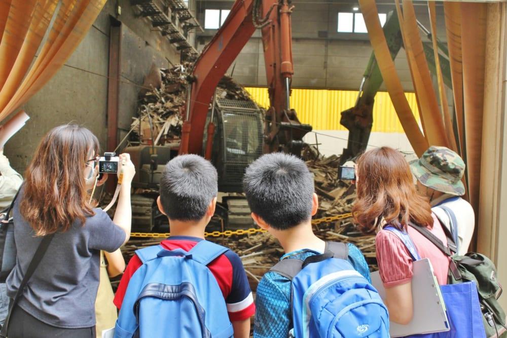石坂産業での工場見学の様子