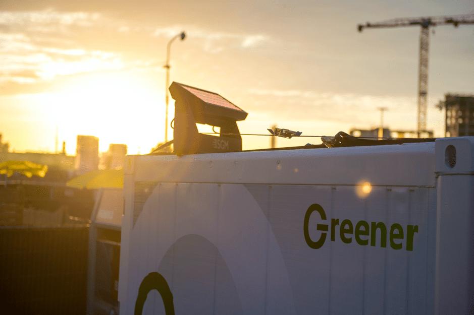 DGTLバルセロナ開催時に一台でフェスティバル全体の電力を供給するソーラーパネル/Image via DGTL